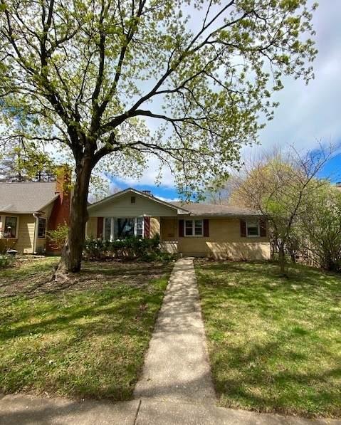 1015 Elm Street, St. Charles, IL 60174 (MLS #11059148) :: Helen Oliveri Real Estate