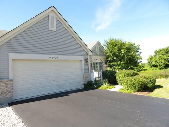 2252 Meadowcroft Lane #1, Grayslake, IL 60030 (MLS #11060802) :: Ryan Dallas Real Estate