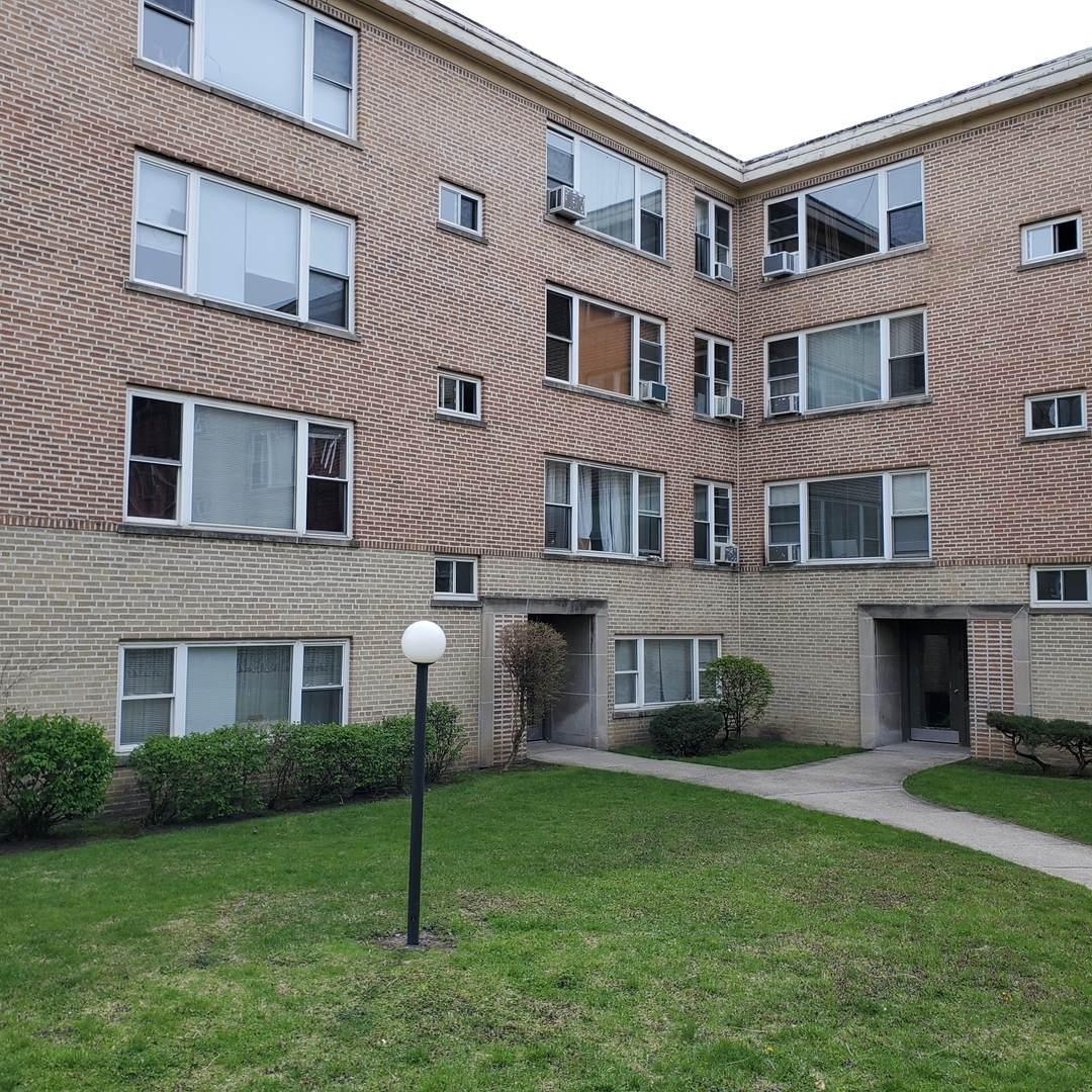 6128 Seeley Avenue - Photo 1