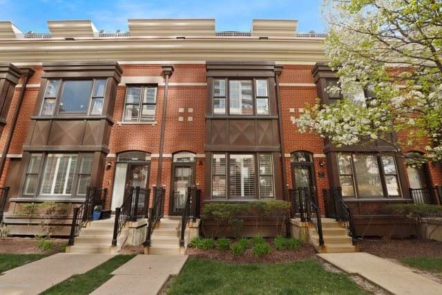 1351 S Indiana Parkway, Chicago, IL 60605 (MLS #11063033) :: Carolyn and Hillary Homes