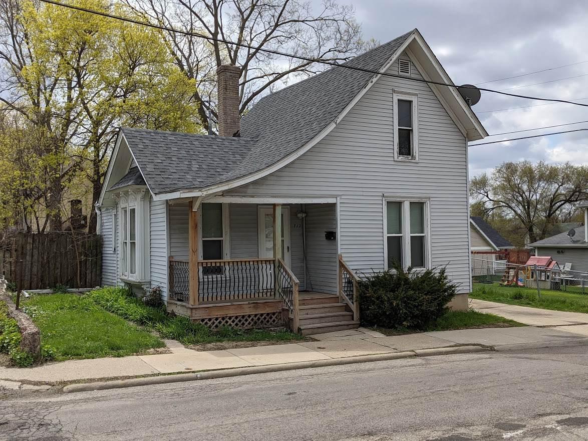 712 Whitman Street - Photo 1