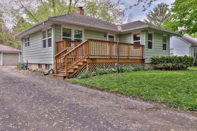 704 Dover Place, Champaign, IL 61820 (MLS #11064912) :: Ani Real Estate