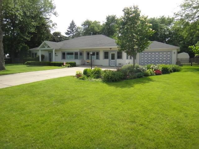 5814 Willow Springs Road, La Grange Highlands, IL 60525 (MLS #11067082) :: Helen Oliveri Real Estate