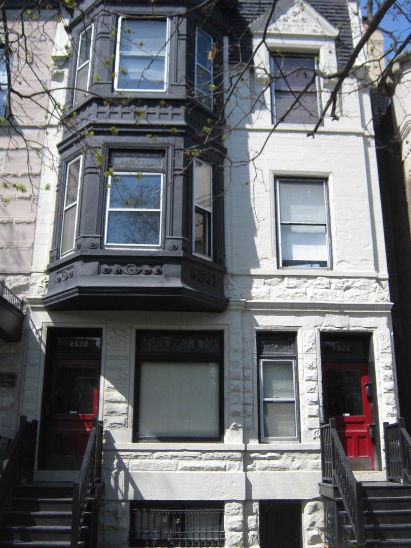 2522 Burling Street - Photo 1