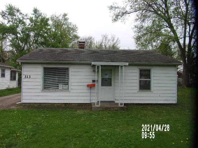 313 E Stewart Street, Bloomington, IL 61701 (MLS #11068959) :: Helen Oliveri Real Estate