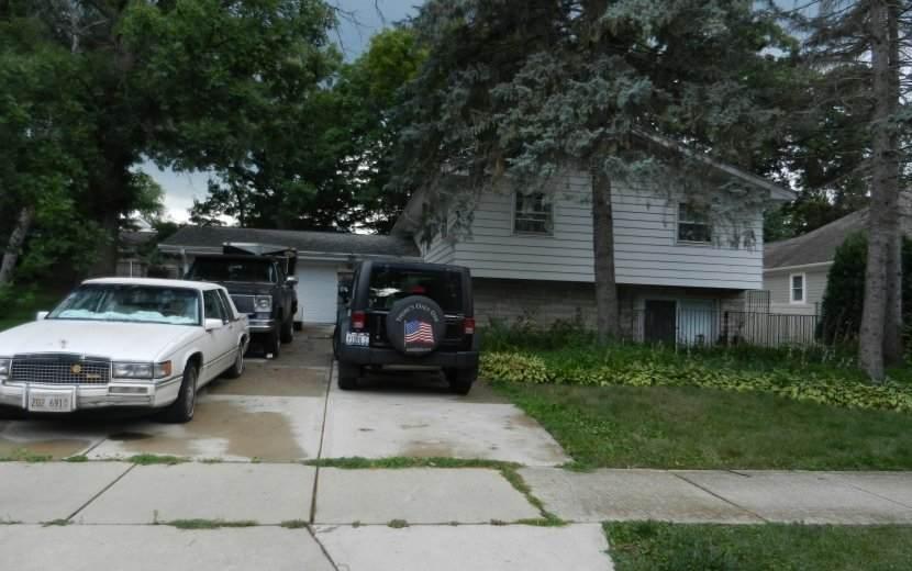 444 Longfellow Avenue - Photo 1