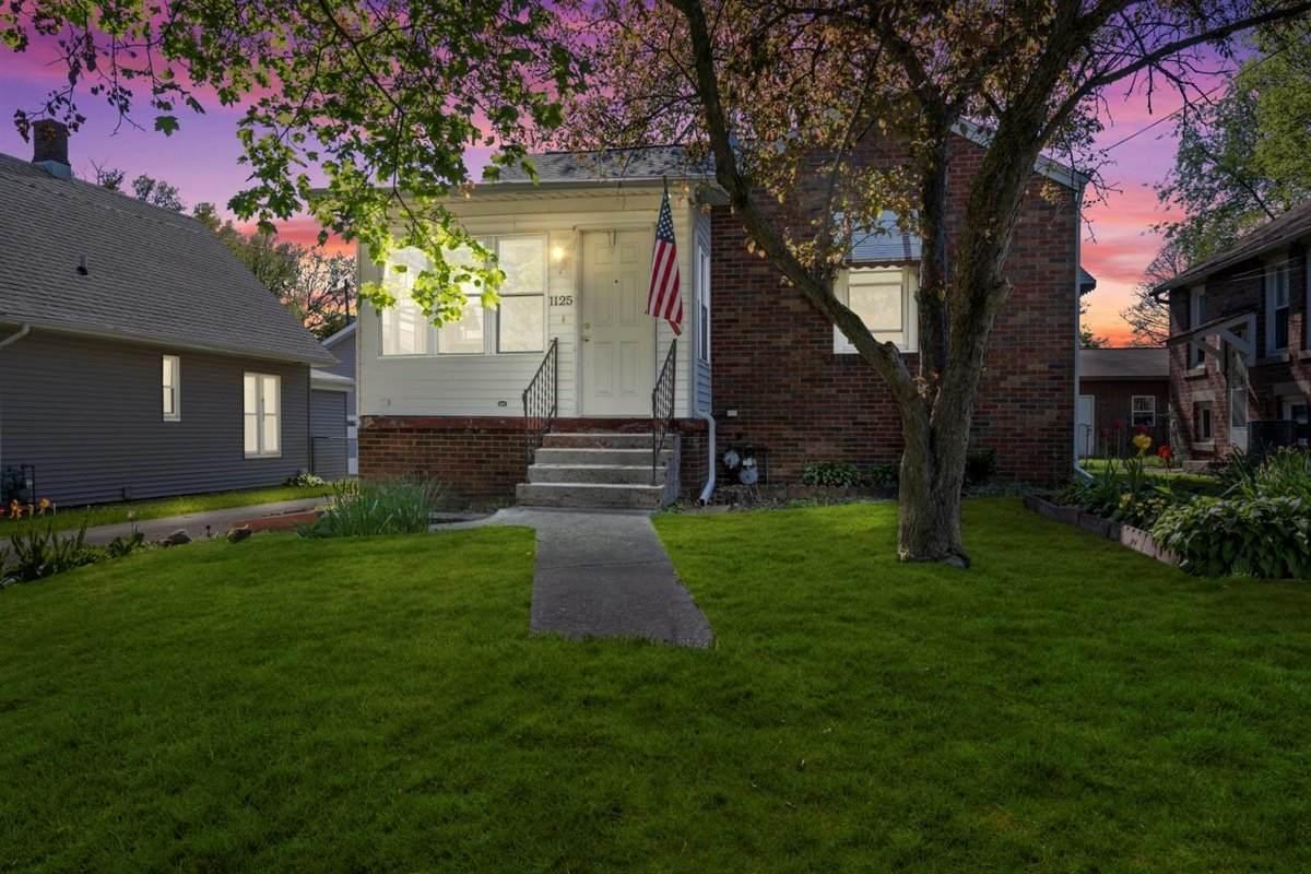 1125 Barker Street - Photo 1