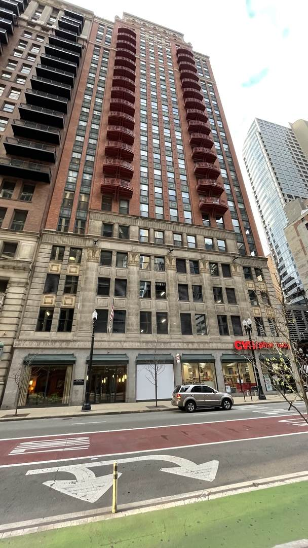 208 W Washington Street #1801, Chicago, IL 60606 (MLS #11073621) :: The Spaniak Team