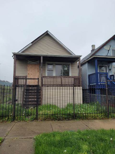 324 W 52nd Place, Chicago, IL 60609 (MLS #11076210) :: Helen Oliveri Real Estate
