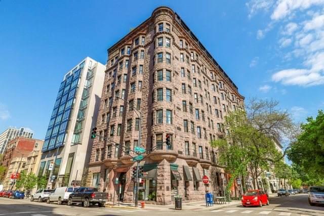 2800 N Pine Grove Avenue 3B, Chicago, IL 60657 (MLS #11079125) :: John Lyons Real Estate