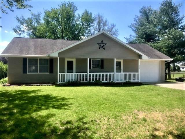 3312 B Street, Rock Falls, IL 61071 (MLS #11080309) :: Helen Oliveri Real Estate
