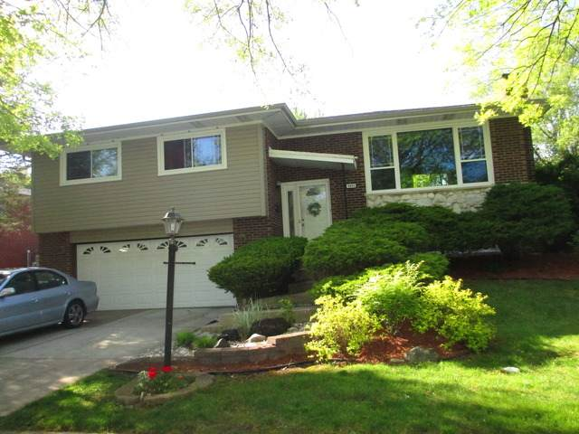 6505 Linden Drive, Oak Forest, IL 60452 (MLS #11081881) :: Helen Oliveri Real Estate