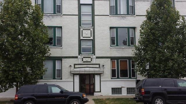 2403 N Hamlin Avenue #1, Chicago, IL 60647 (MLS #11083312) :: Helen Oliveri Real Estate