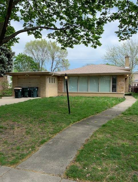 6647 N Monticello Avenue, Lincolnwood, IL 60712 (MLS #11084304) :: Helen Oliveri Real Estate