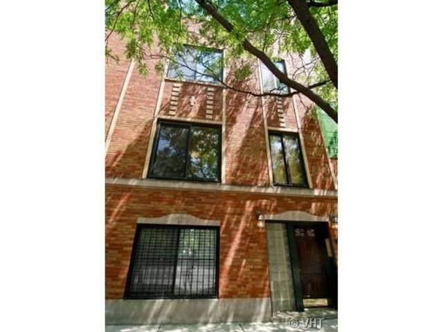 855 N La Salle Street #1, Chicago, IL 60610 (MLS #11085058) :: Lewke Partners