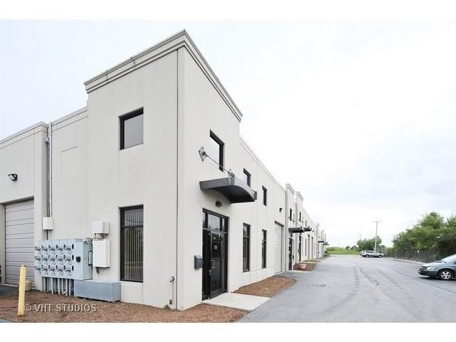 9550 W Sergo Drive #111, Mccook, IL 60525 (MLS #11085442) :: Helen Oliveri Real Estate
