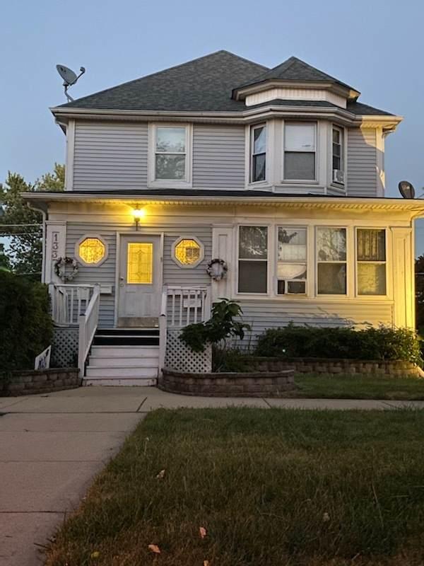 1337 Vincennes Avenue, Chicago Heights, IL 60411 (MLS #11085656) :: Helen Oliveri Real Estate