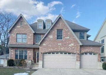 131 E Madison Street, Elmhurst, IL 60126 (MLS #11086140) :: Helen Oliveri Real Estate