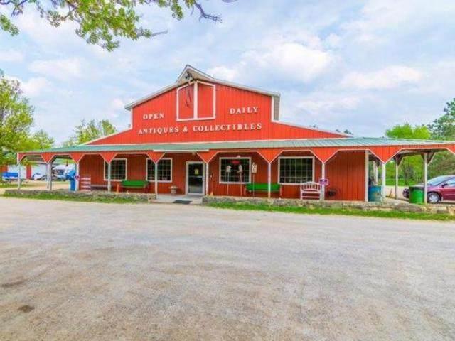 23080 Waller Road, Fulton, IL 61252 (MLS #11088654) :: Helen Oliveri Real Estate