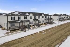 220 S Walnut Street, Cortland, IL 60112 (MLS #11088729) :: Helen Oliveri Real Estate