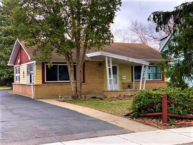 14626 Abbottsford Road, Midlothian, IL 60445 (MLS #11088767) :: Helen Oliveri Real Estate