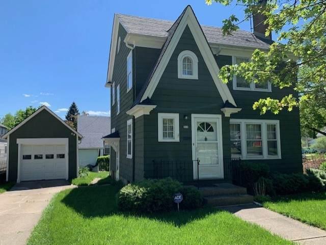 353 Lovell Street, Elgin, IL 60120 (MLS #11089713) :: Schoon Family Group