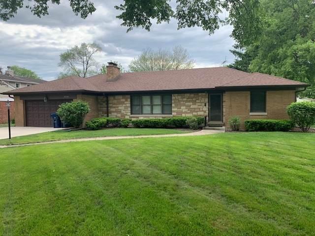4824 Wolf Road, Western Springs, IL 60558 (MLS #11091534) :: BN Homes Group