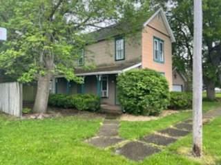 200 E Van Deren Street, NEWMAN, IL 61942 (MLS #11094215) :: BN Homes Group