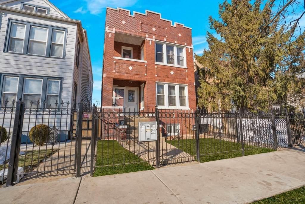 5530 Wrightwood Avenue - Photo 1
