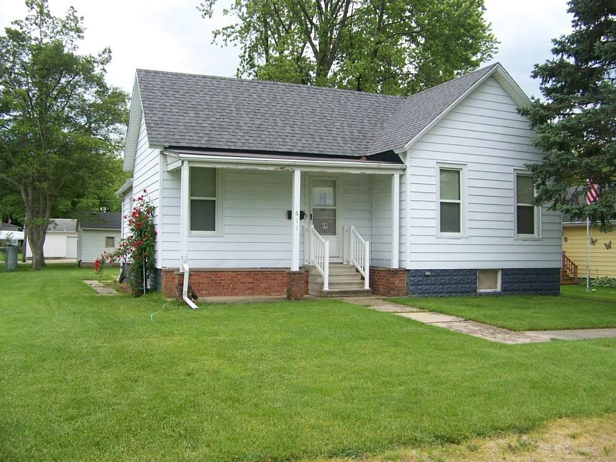 611 Hickory Street - Photo 1
