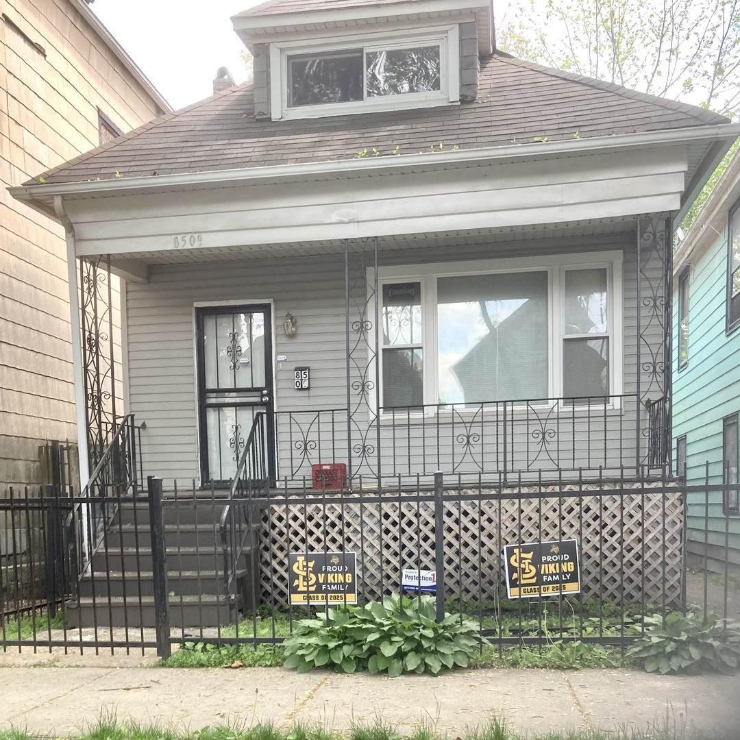 8509 Muskegon Avenue - Photo 1