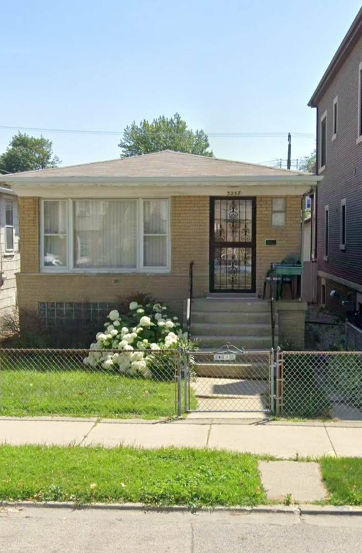 3257 Racine Avenue - Photo 1