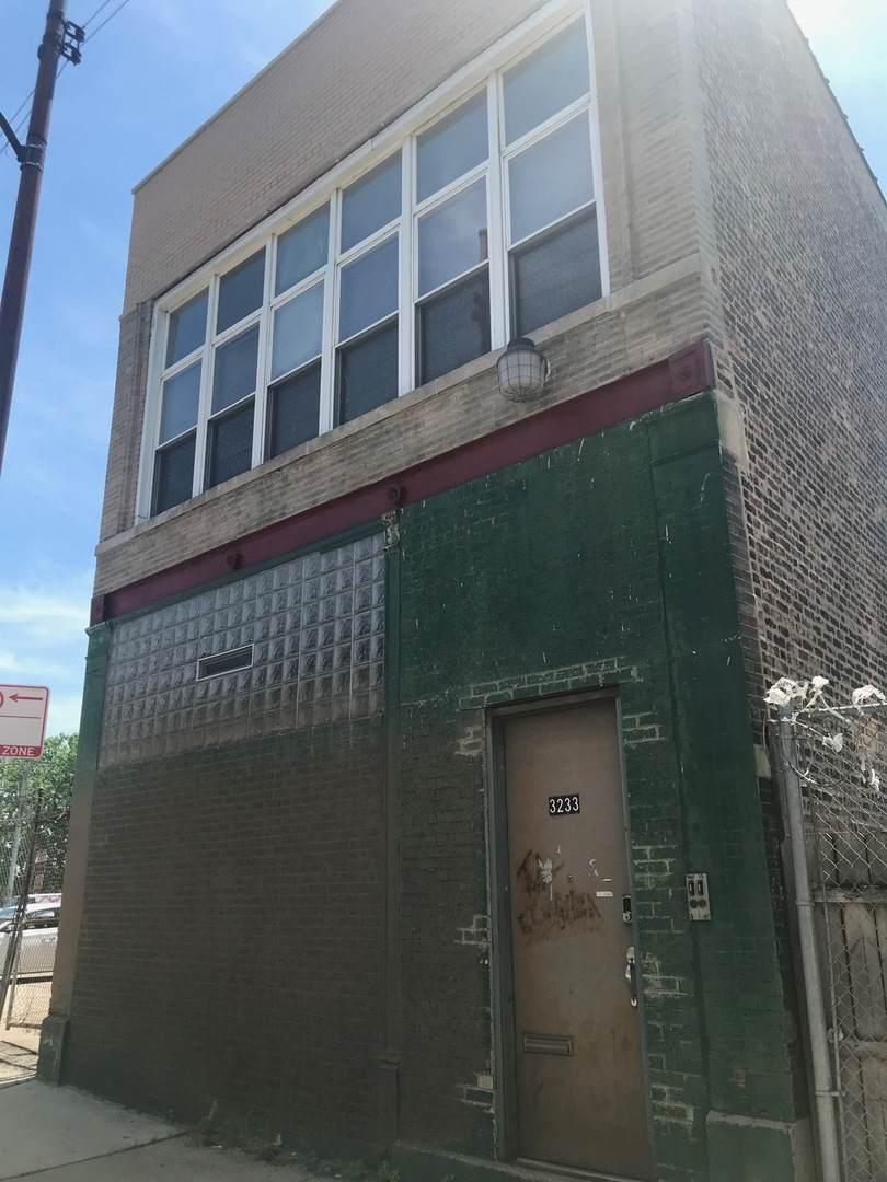 3233 Lake Street - Photo 1