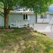 212 Fern Drive, Island Lake, IL 60042 (MLS #11114333) :: BN Homes Group