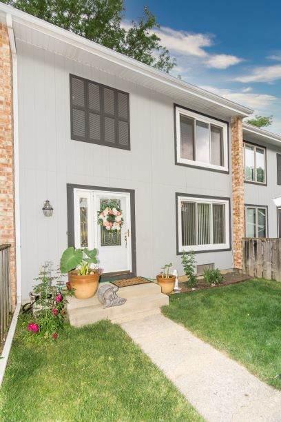 342 Elmwood Lane, Bloomingdale, IL 60108 (MLS #11122355) :: Suburban Life Realty