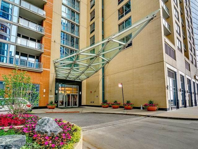 420 E Waterside Drive #813, Chicago, IL 60601 (MLS #11127577) :: Lewke Partners - Keller Williams Success Realty