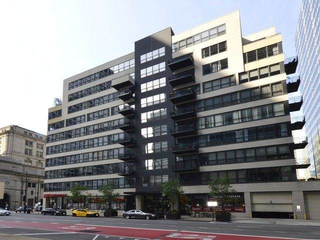 130 S Canal Street #622, Chicago, IL 60606 (MLS #11130531) :: Angela Walker Homes Real Estate Group