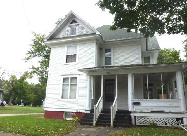 806 N Jackson Street, CLINTON, IL 61727 (MLS #11130990) :: Angela Walker Homes Real Estate Group