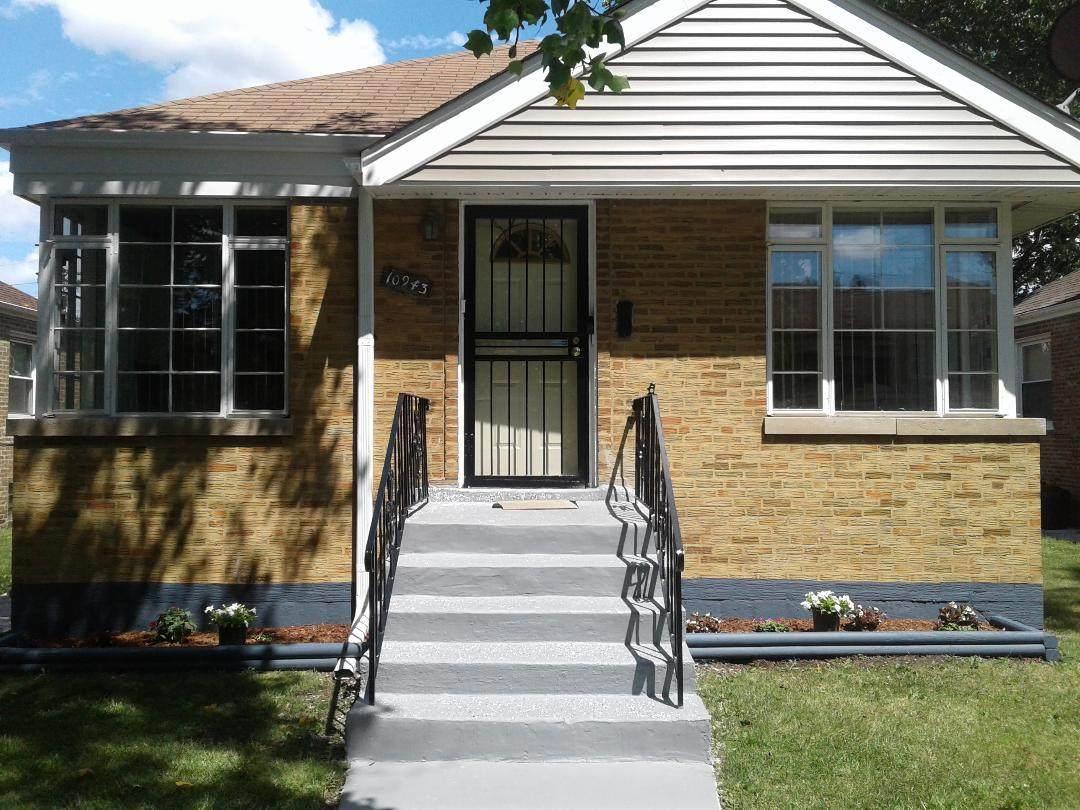 10943 Eberhart Avenue - Photo 1