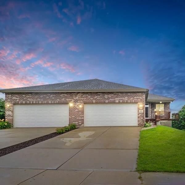 935 Arrowhead Drive, Elwood, IL 60421 (MLS #11156408) :: O'Neil Property Group