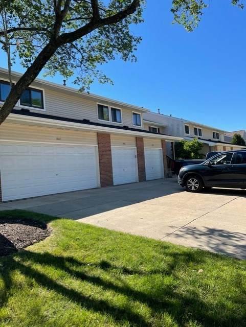 1044 Hidden Lake Drive #1044, Buffalo Grove, IL 60089 (MLS #11158342) :: The Wexler Group at Keller Williams Preferred Realty