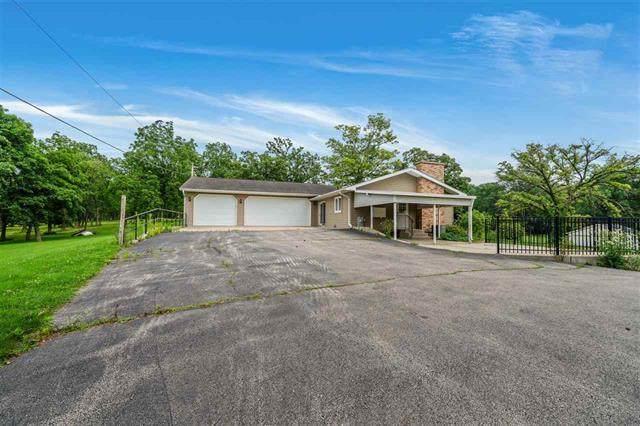 1977 N Meridian Road, Chana, IL 61015 (MLS #11160954) :: Jacqui Miller Homes