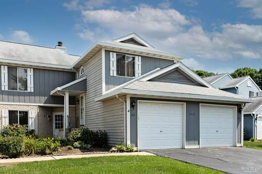 2412 Danbury Drive B1, Woodridge, IL 60517 (MLS #11162193) :: O'Neil Property Group