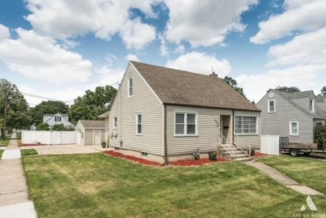 502 N Douglas Avenue, Villa Park, IL 60181 (MLS #11163400) :: Angela Walker Homes Real Estate Group