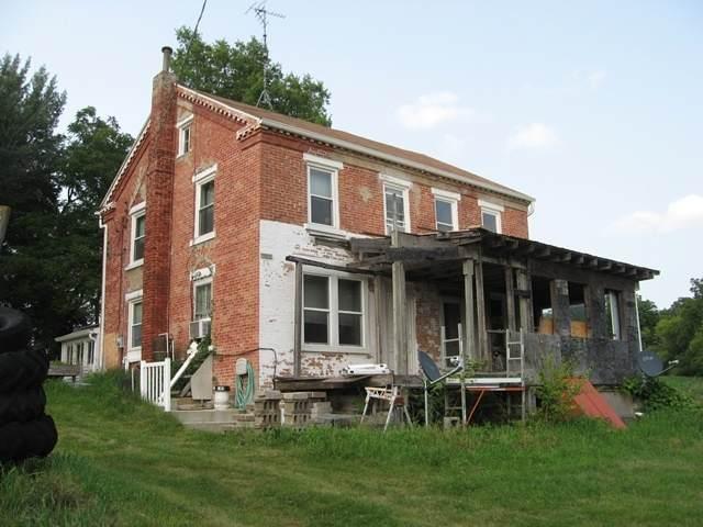 610 W Saint James Road, Orangeville, IL 61060 (MLS #11163477) :: O'Neil Property Group