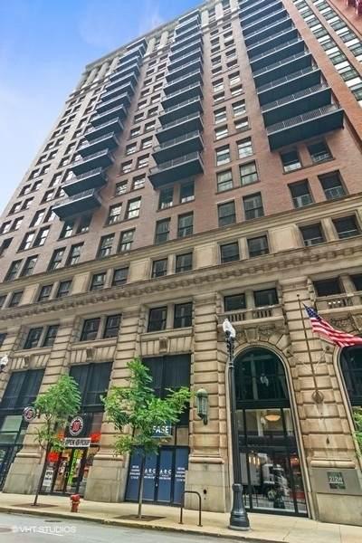 212 W Washington Street #1904, Chicago, IL 60606 (MLS #11164836) :: Helen Oliveri Real Estate