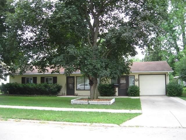 1154 W Stover Street, Freeport, IL 61032 (MLS #11165533) :: Suburban Life Realty