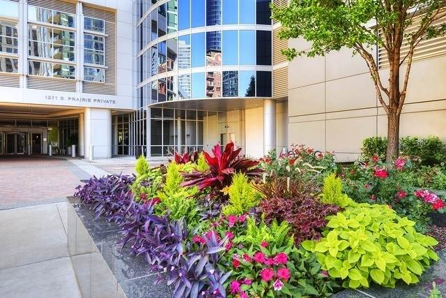1211 S Prairie Avenue #2504, Chicago, IL 60605 (MLS #11169073) :: Jacqui Miller Homes