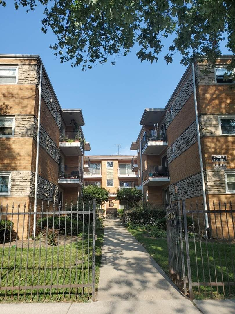 4343 Kedvale Avenue - Photo 1