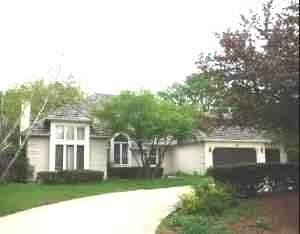 3010 35th Street, Oak Brook, IL 60523 (MLS #11170466) :: Angela Walker Homes Real Estate Group